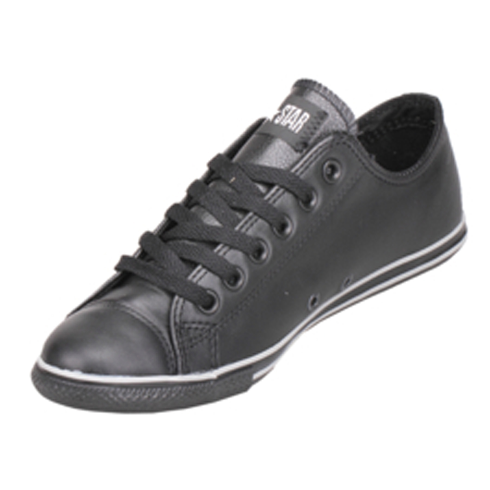 chuck taylor leather converse